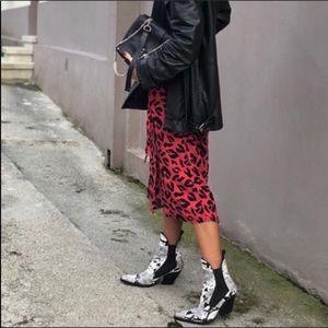 $bogo$ Zara cowboy booties snakeskin size 36 6